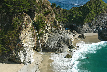Close-up view of McWay Falls, Julia Pfeiffer Burns State Park