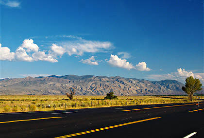 section of the 395 going south towards the Mojave Desert