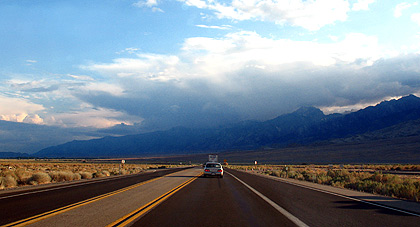 view along Highway 395 with the eastern Sierra in the background