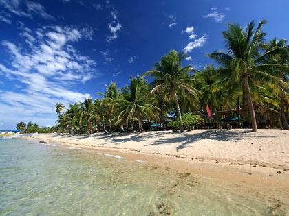 the beach at Sitio Balinmanok
