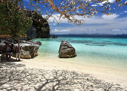 Banol Beach, Coron Island, Palawan