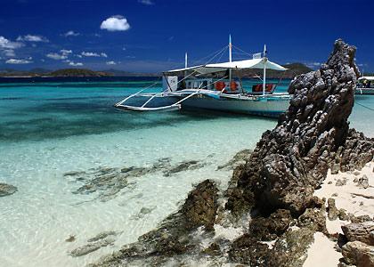 boat docked at Bulog Dos Island, Coron, Palawan