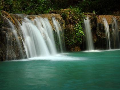 the bottom tier of Cambugahay Falls