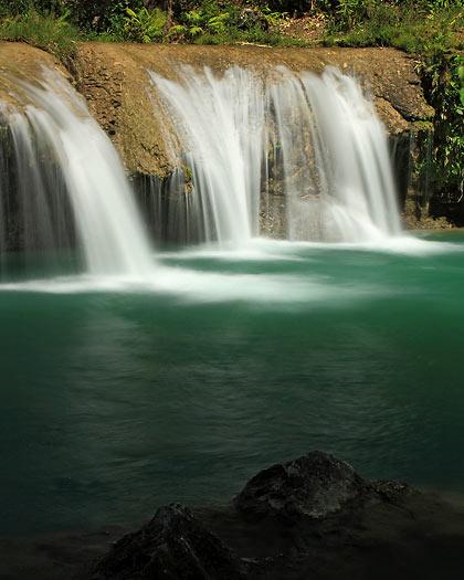 the third tier of Cambugahay Falls