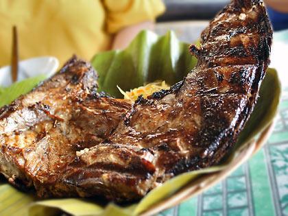 grilled yellowfin tuna jaw