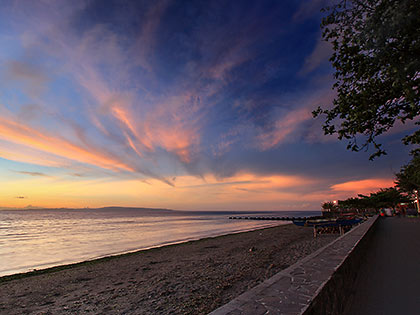sunrise at Rizal Boulevard, Dumaguete City