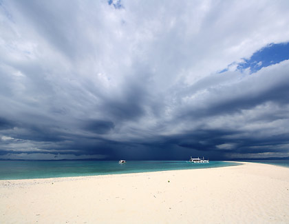 storm clouds over the horizon at Kalanggaman Island