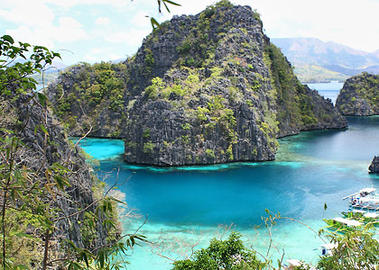 view of the entrance to Kayangan Lake, Coron, Palawan