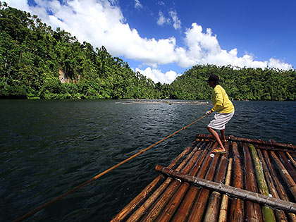 rafting at Lake Pandin
