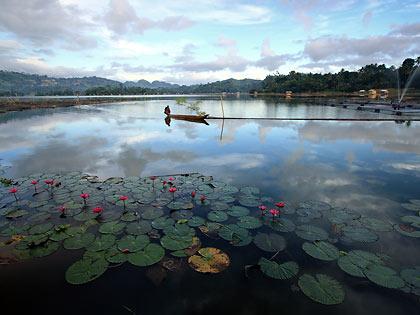early morning scene at Lake Sebu