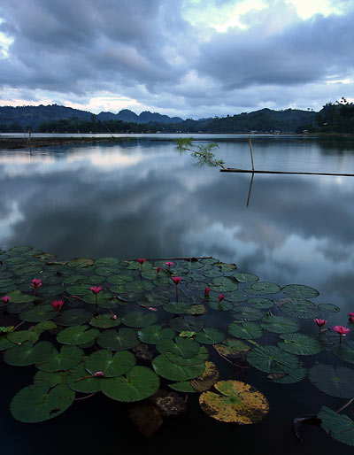 cloudy morning at Lake Sebu