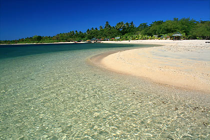 white sand beach at Magalawa Island