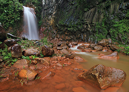 rust or red-colored rocks at Pulangbato Falls