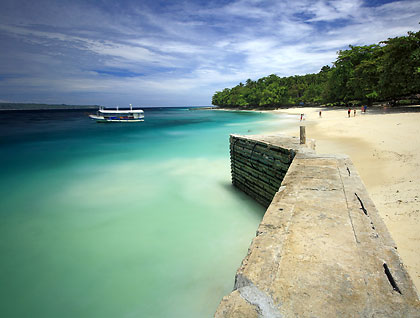 small wharf at Isla Reta