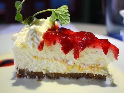 strawberry mango cheesecake